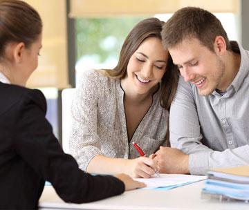 Vi hjälper dig med all service kring ditt fastighetsköp